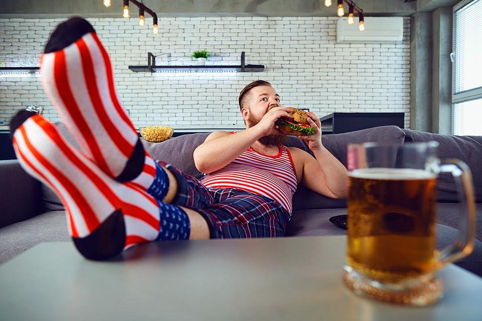 Главные факторы риска для развития неинфекционных болезней - курение, сидячий образ жизни, переедание и злоупотребление алкоголем.