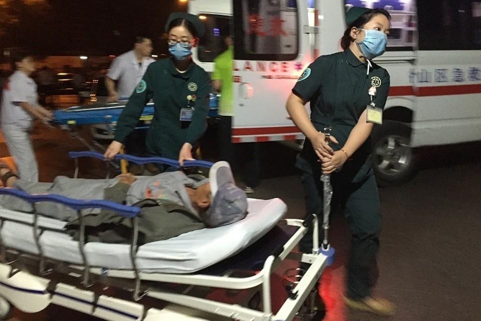 Пострадавших развозят по больницам
