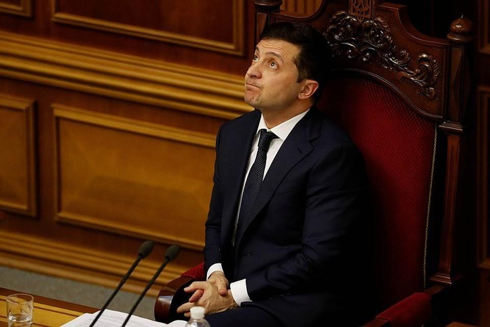 Детское хамство президента Украины в данной ситуации говорит лишь о том, что Зеленский судорожно ищет причину, чтобы оправдать срыв намеченного на апрель саммита