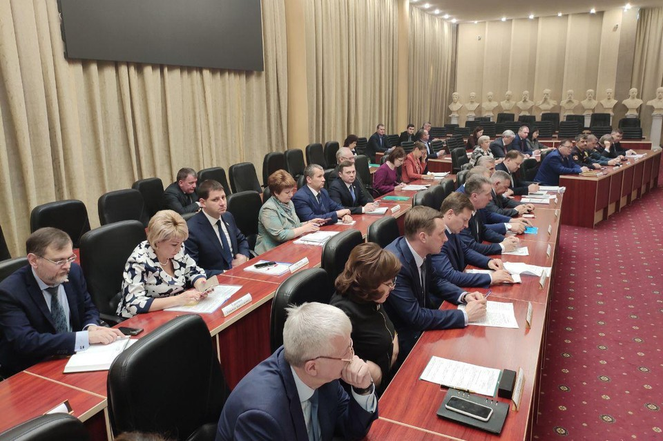 В правительстве Саратовской области обсудили противодействие коронавирусу