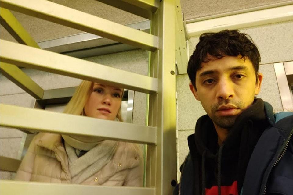 Уже трое суток в аэропорту Внуково находится гражданин Марокко Шахид Мухамед Закирия. В Москву он вместе с русской женой и девятимесячным сыном прилетел 23 марта из Марокко на эвакуационном борту.