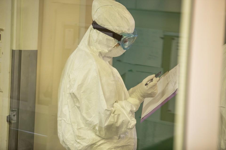 Число потенциальных носителей коронавируса в Омске увеличилось почти до 4 тысяч человек.