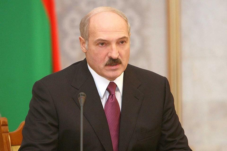Лукашенко обсуждает с силовиками учения НАТО. Фото: belta.by.