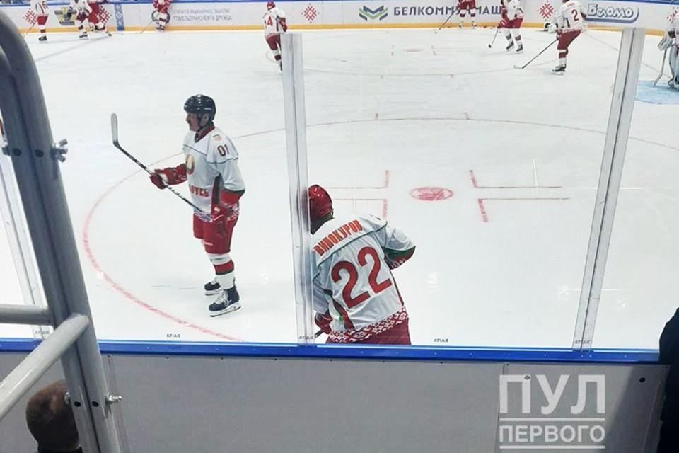 "В субботу, 4 апреля, Александр Лукашенко снова вышел на лед. Фото: телеграм-канал ""Пул Первого""."