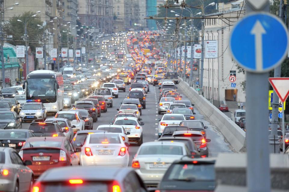 Стиль городской езды с постоянным стоянием в пробках и на светофорах сказывается на двигателе не самым лучшим образом.