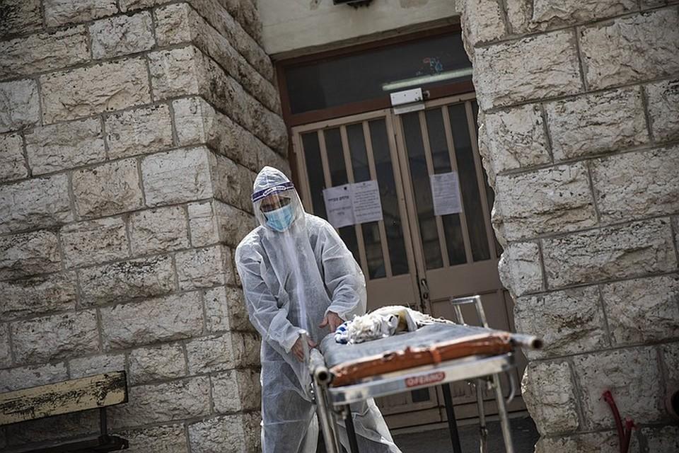 В настоящее время Всемирная организация здравоохранения готовит обзор на законодательные меры, которые применяют правительства разных стран для борьбы с инфекцией.
