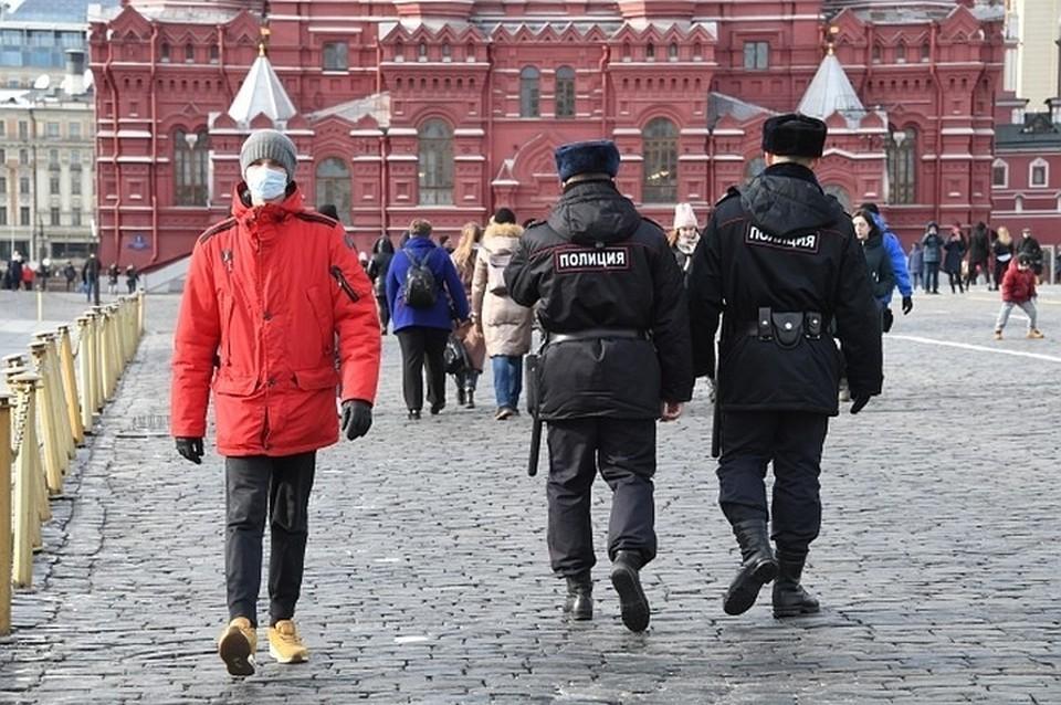 Опрос показал высокий уровень обеспокоенности граждан распространением коронавируса в России и мире.