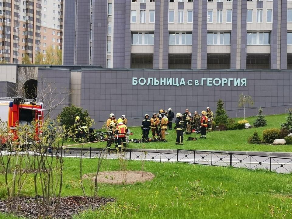 Названы возможные причины пожара в больнице Св.Георгия.
