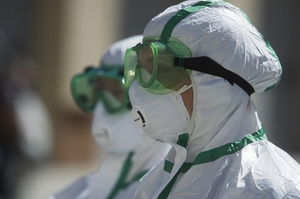 Медики продолжают бороться с коронавирусом