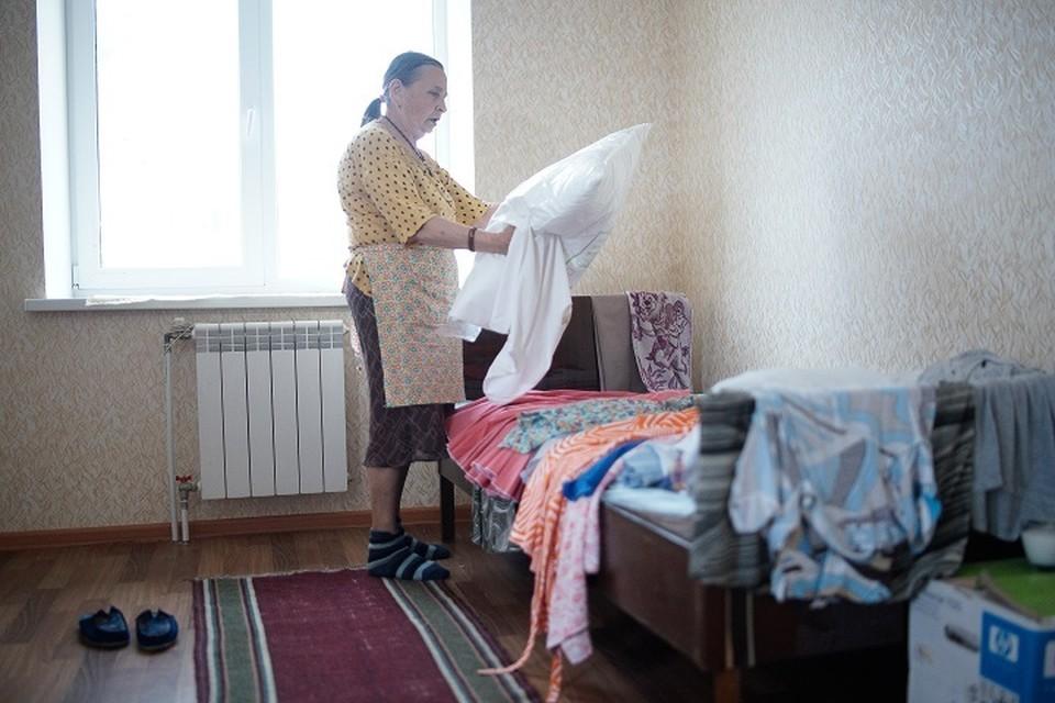 На Урале прокуратура заставила властей отремонтировать квартиру пенсионерки