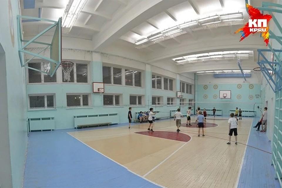 «Нужна отдельная программа»: нехватку спортивных объектов в нижегородских школах обсудили депутаты гордумы