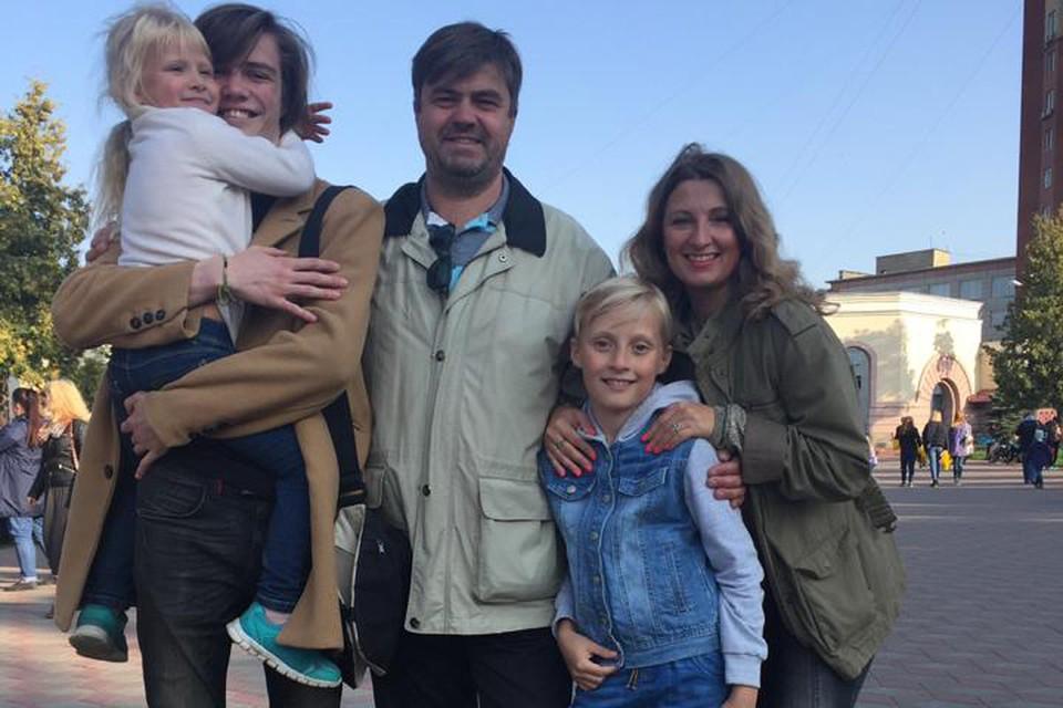 Сергей Елизаров - отец троих детей. Озеленением занимается уже пять лет в свободное от работы время.