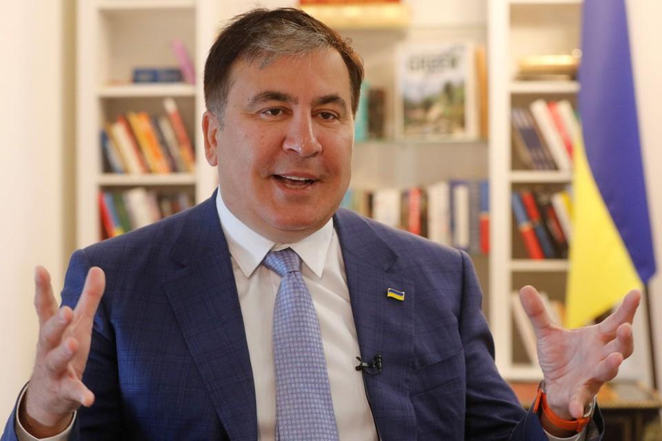 Зеленский Михаилу Николозовичу вернул и паспорт с гражданством, и даже на днях призвал в свою команду проводить реформы по новой.