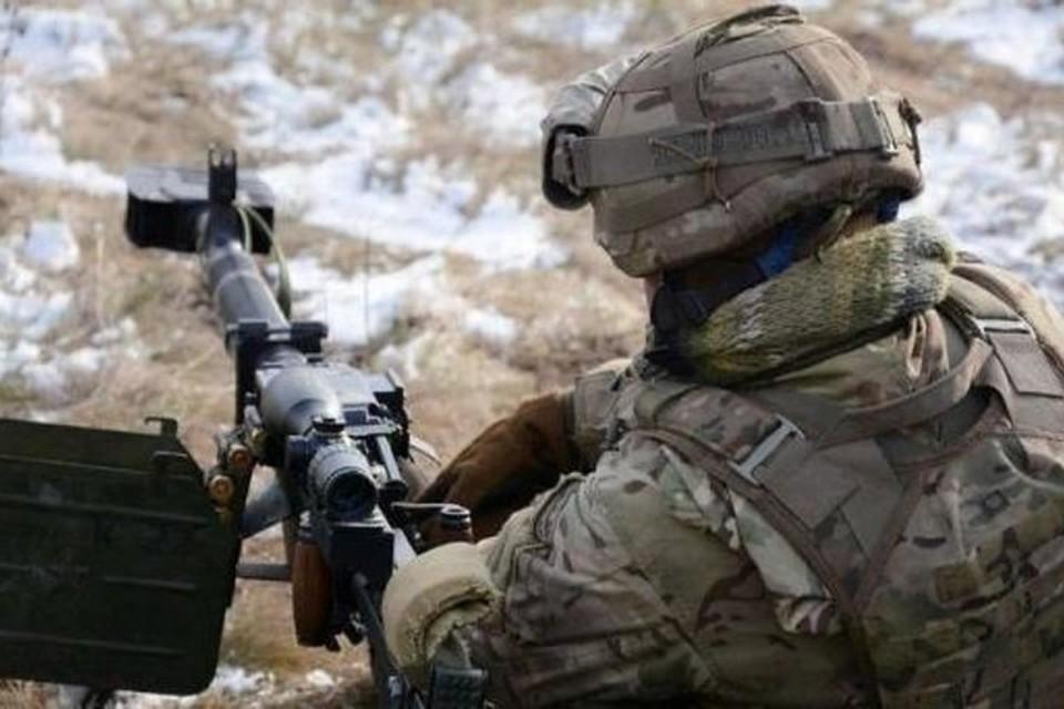 Топливо украинские вояки сбывают на сторону. Фото: Русская Весна