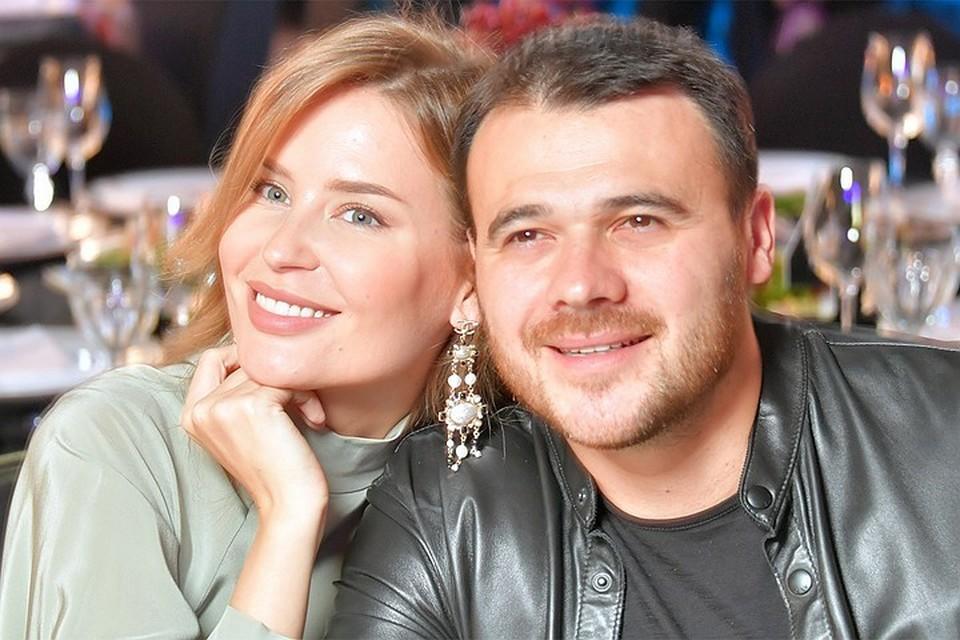 Алена почти не комментирует разрыв с мужем Эмином Агаларовым
