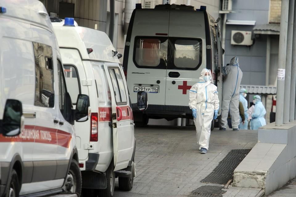 Сейчас, по данным ВОЗ, в стадии разработки в России находятся 8 вакцин-кандидатов.