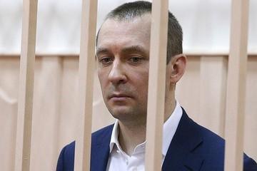 Генпрокуратура спросила с экс-полковника Захарченко еще 320 тысяч долларов