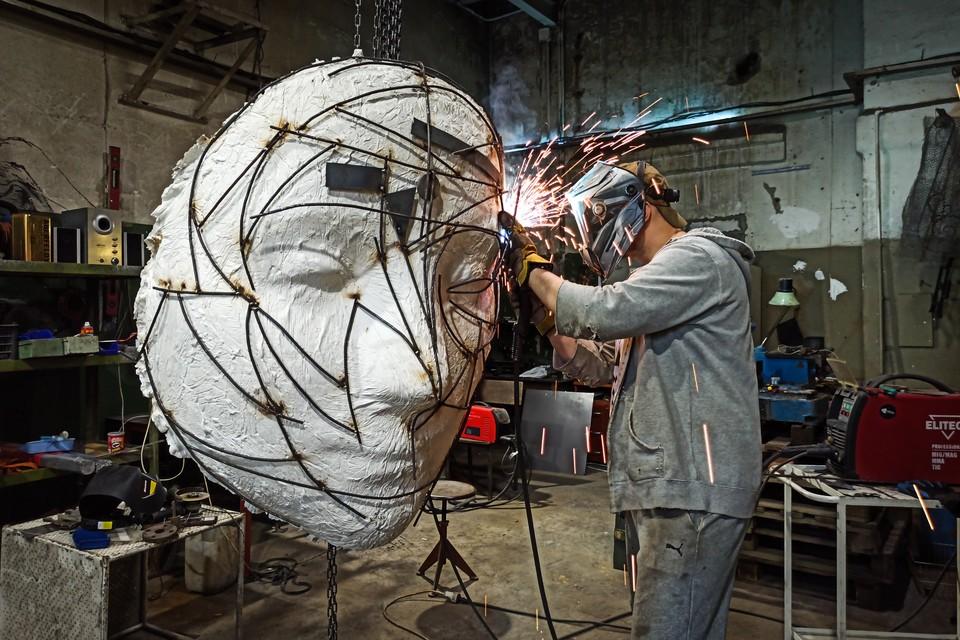 Скульптор стал популярен и в России, и в Европе.