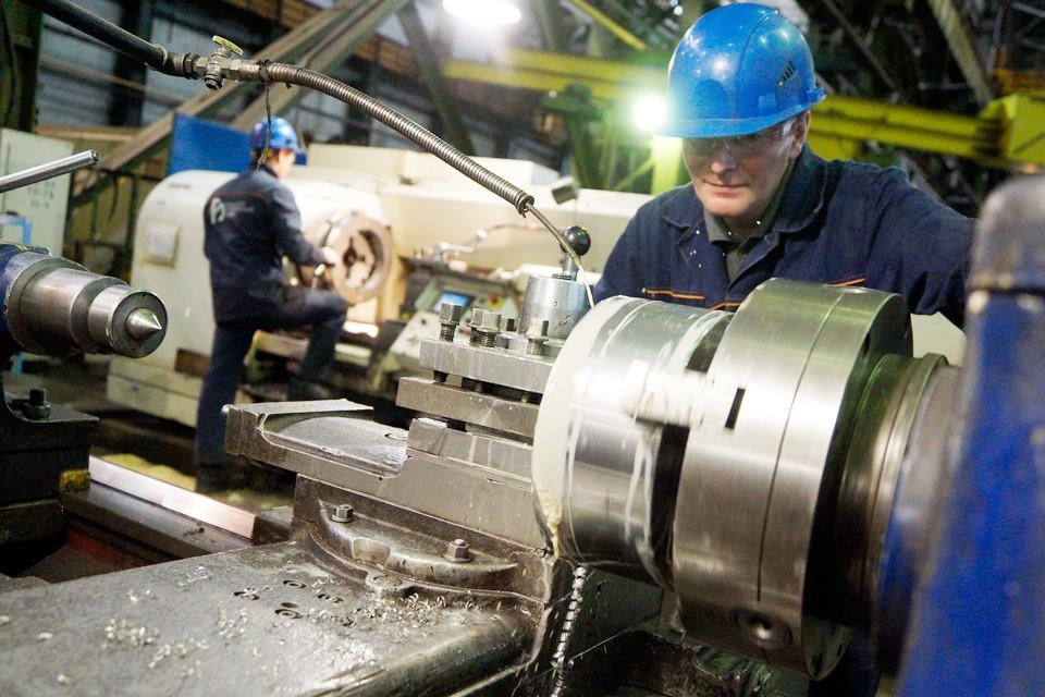 При полной 40 часовой рабочей неделе предложенная почасовая оплата будет выше МРОТ, что улучшает условия труда работников