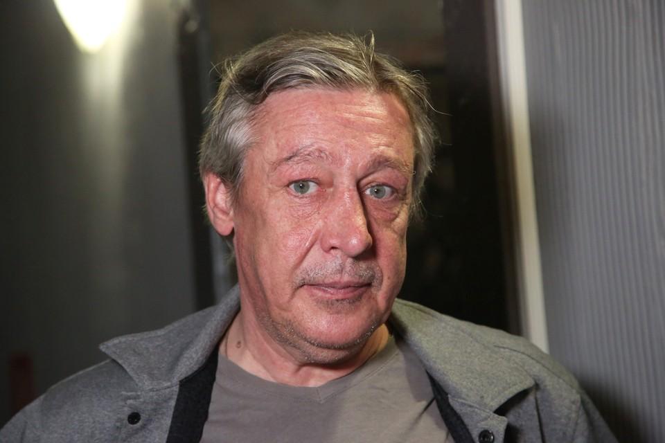 Михаил Ефремов вылетел на встречную полосу в районе Смоленской площади поздним вечером 8 июня.