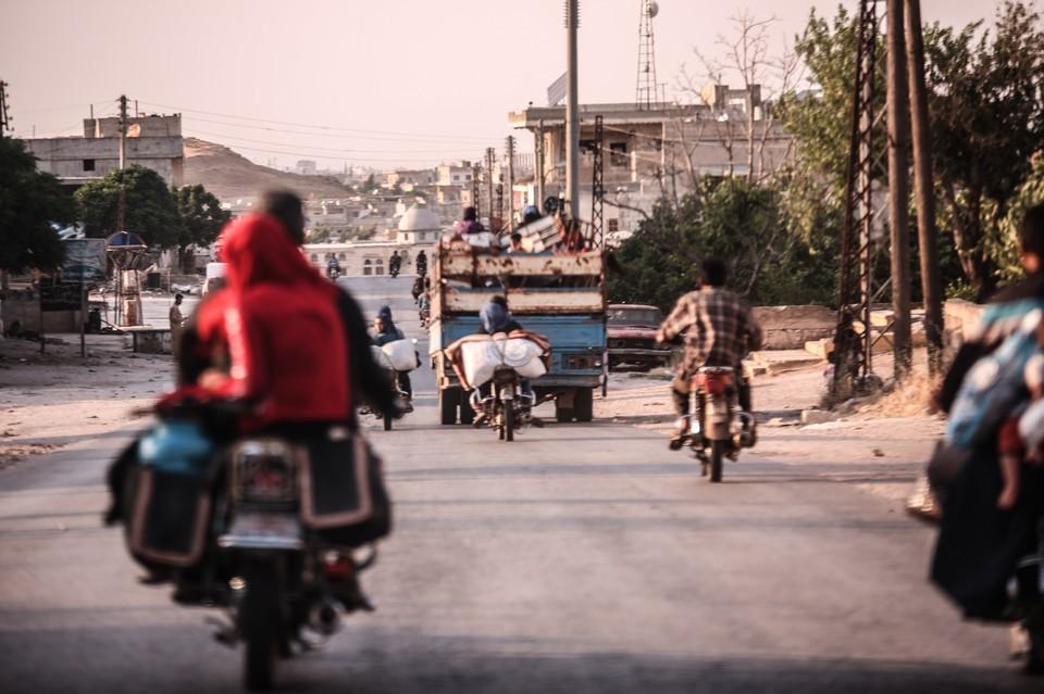 Американцы в Сирии попытались преградить путь российскому патрулю