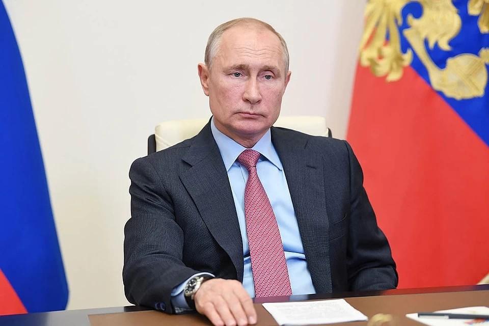 Владимир Путин наградил лучших медиков страны.