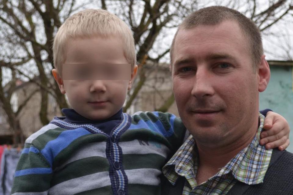 Пока Дмитрий был в изоляторе, дома его ждали жена и двое несовершеннолетних детей.