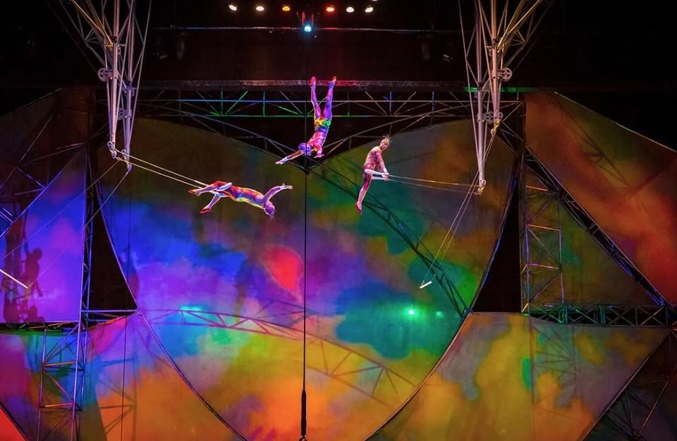 Уволили 35000 сотрудников цирка Фото: www.cirquedusoleil.com