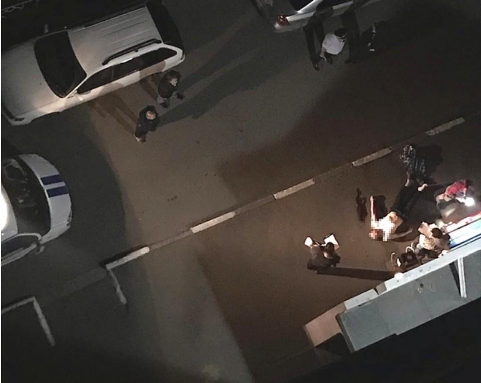 По свидетельствам очевидцев полиция и скорая приехали оперативно.