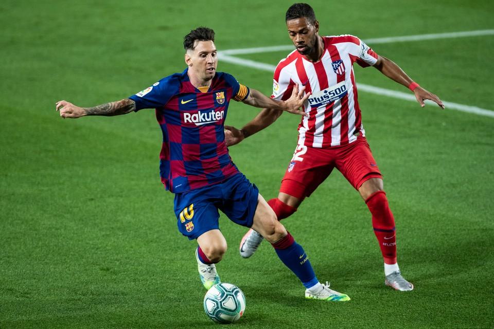 Месси в «Барселоне» с 12 лет, и кажется, весь клуб выстроен под него.