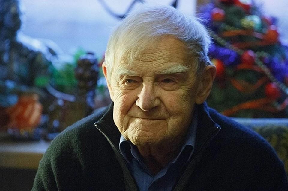 Даниил Гранин скончался три года назад