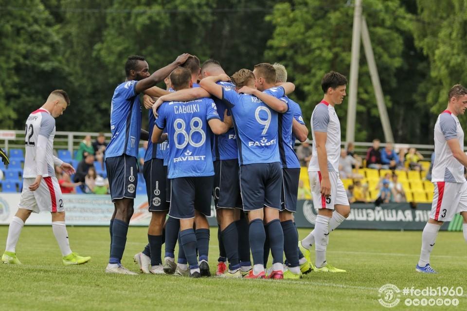 У белорусских футболистов коронавирус, но чемпионат страны продолжается