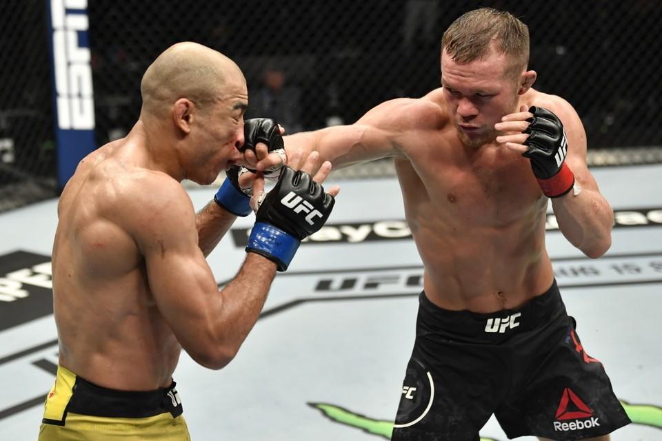 Петр Ян - новый чемпион UFC в России.