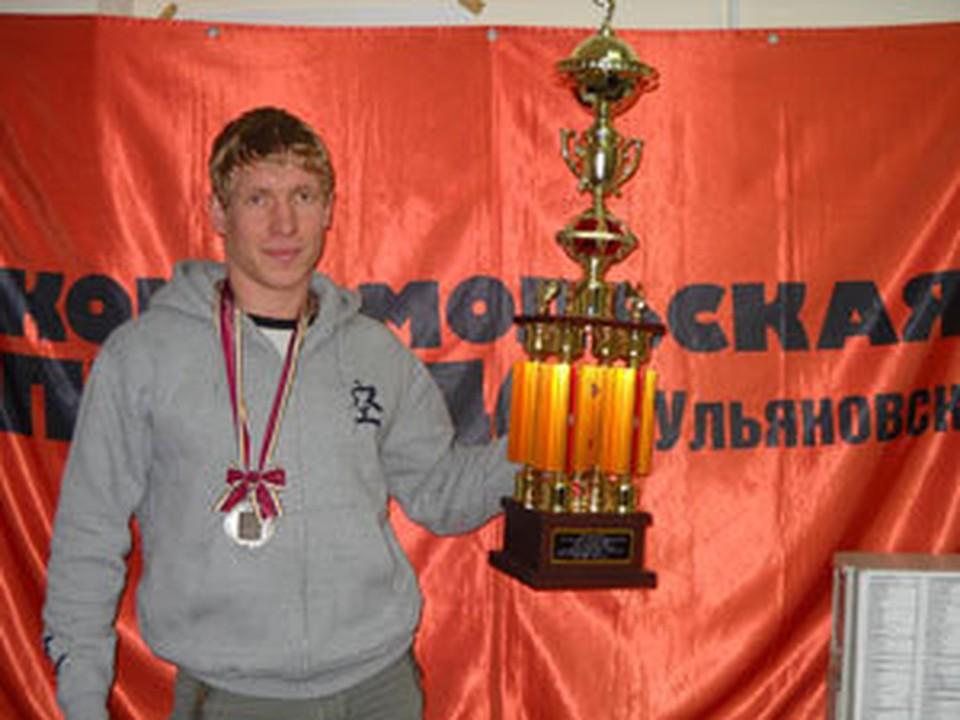 Александр Виноградов стал серебряным призером.