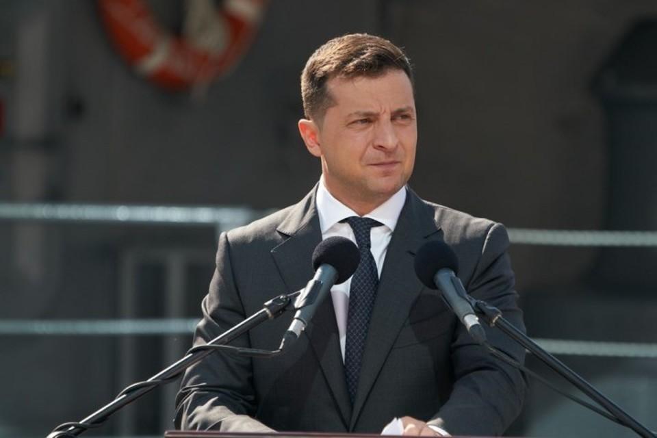 Зеленского призывают уйти в отставку. Фото: Сайт президента Украины