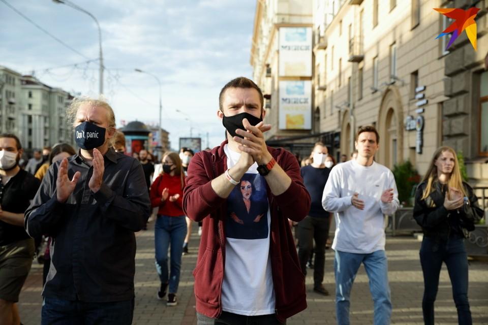 14 июля на улицы Минска вышли люди высказать своё несогласие с результатами регистрации кандидатов в президенты Республики Беларусь.