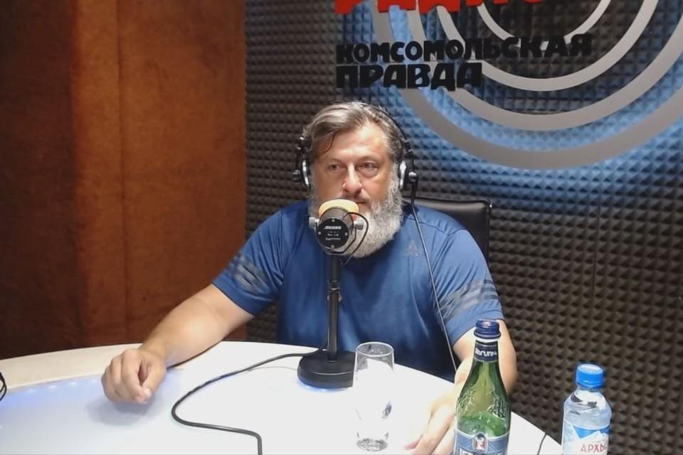 Олег Викторович рассказал в эфире, почему пошел в политику.