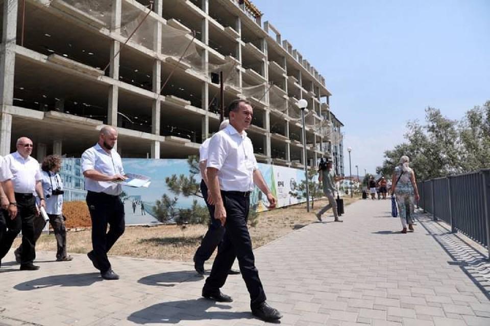 Губернатор Кубани в ходе посещения Анапы. Фото администрации КК