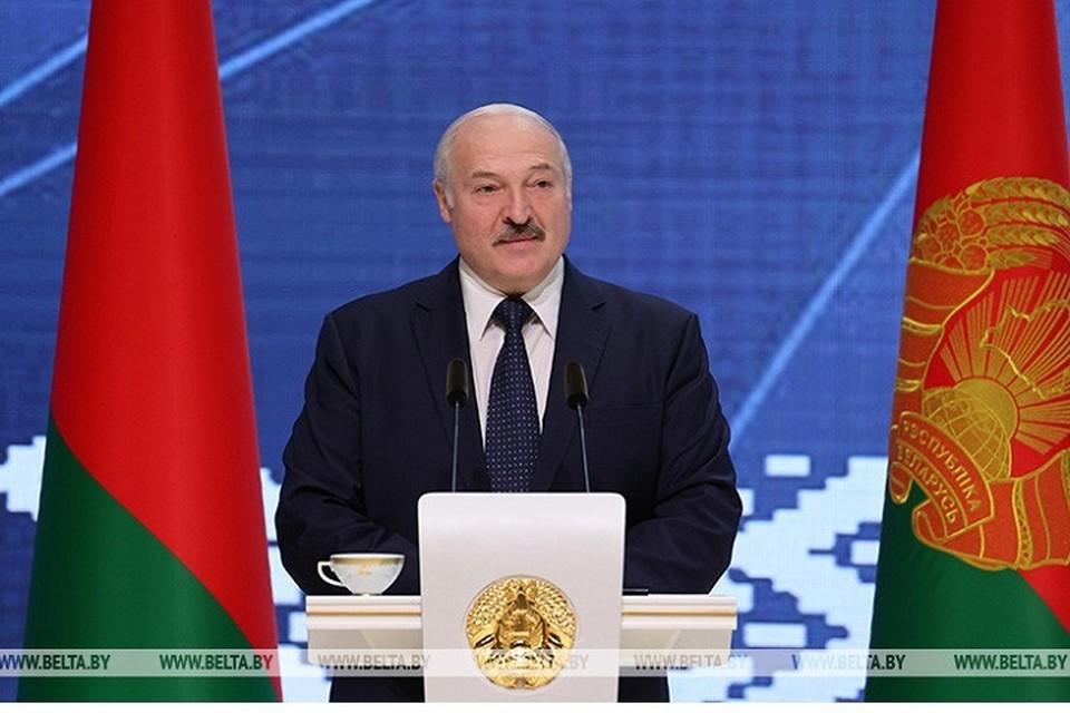 Александр Лукашенко встречается с активом Гомельской области. Фото: БелТА.