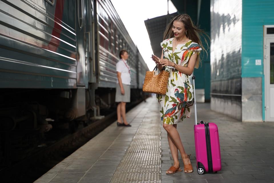 В ЮУЖД отмечают, в поездах все тщательно обрабатывается. Южноуральцы могут отправиться на море, не боясь заразиться коронавирусом.