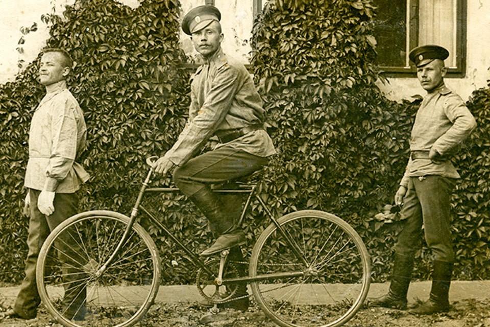 На выставке можно будет увидеть настоящие велосипеды начала ХХ века. Фото: Музей военной формы