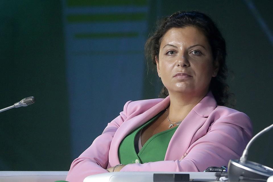 Маргарита Симоньян ответила на вопросы Тины Канделаки о гибридной войне, развале США и «чудодейственной» вакцине от коронавируса
