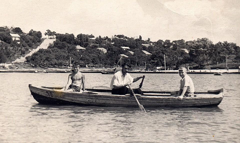 """Комсомольское озеро, конец 1950-х. Фото: группа """"Кишиневцы""""/Facebook"""