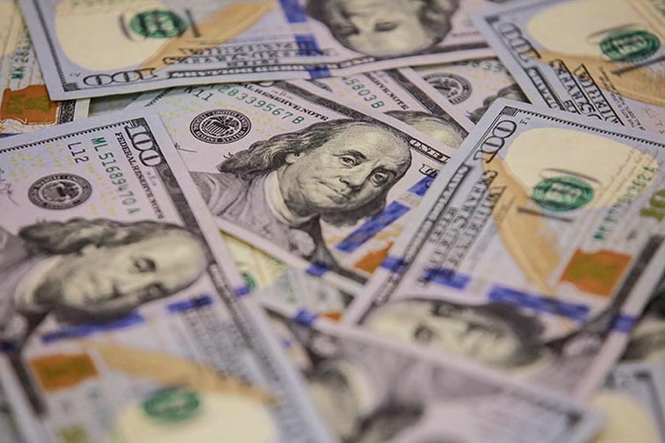 Все больше экспертов предрекают, что обвал «бакса» возможен уже в этом году