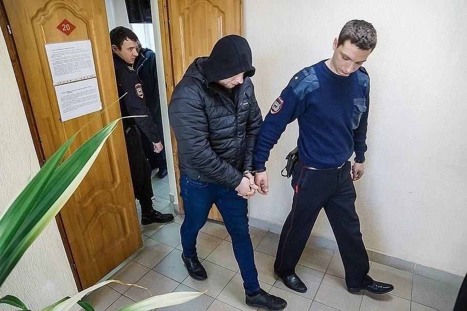 Известный фитнес-тренер Игорь Буйлин отрицает свою вину в вымогательстве и поджогах