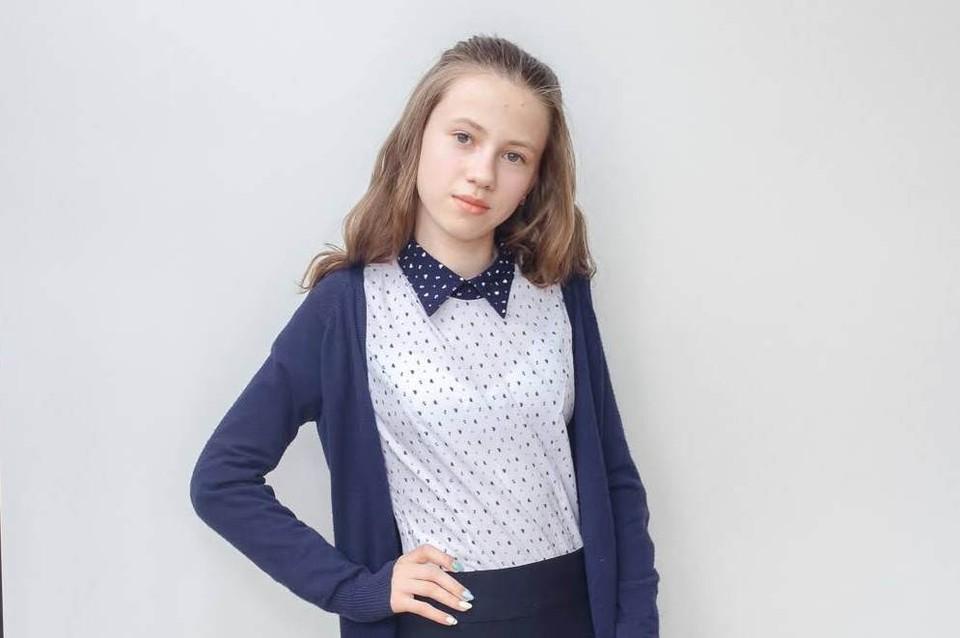 Валерия Романович из Лунинца получила на ЦТ 100 баллов по математике и английскому языку.