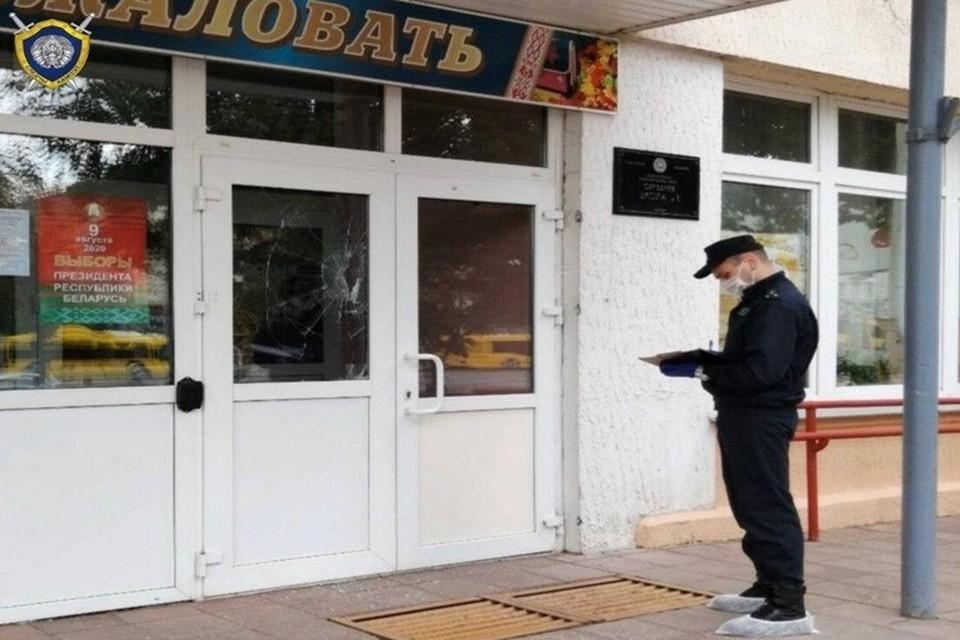 В Минске 4 августа задержали мужчину на избирательном участке. Фото: Телеграм-канал СК Беларуси