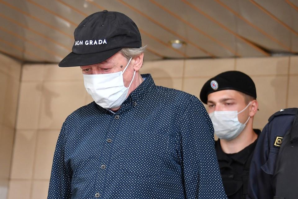 В суде продолжается слушание дела о смертельном ДТП с участием актера Ефремова