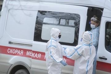 «Умолял сделать дочке КТ»: в Екатеринбурге следователи разбираются в смерти 4-летней девочки, умершей в машине скорой