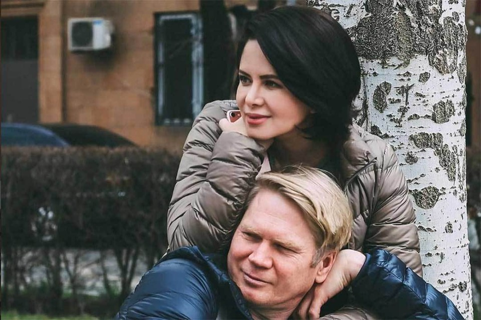Виктория 15 лет прожила в браке с Виктором и потом ушла к Жигунову.